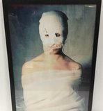 Alejandro Gatta  - VII - 127 x 86 cm - foto op fotopapier - luxe zwart houten lijst